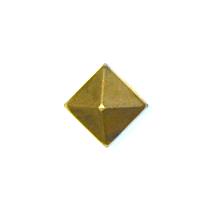 PYR-BRS-Pyramid-Bright-Brass-Nail-1