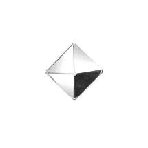 PYR-CHR-Pyramid-Chrome-Nail-1